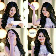 Shivangi Joshi Instagram, Finger Henna Designs, Wedding Eye Makeup, Bridal Hair Buns, Kartik And Naira, Tv Actors, Celebs, Celebrities, Indian Girls