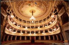 Teatro (L'Aquila)
