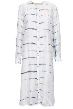White clamp dyed chanderi dress by Ka-sha. Shop now: http://www.perniaspopupshop.com/designers/Ka-sha #shopnow #perniaspopupshop #ka-sha #dress