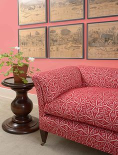 The Bunny Sofa upholstered in Large Kaleidoscope Raspberry shown with The Large Halma Man Table, both from Soane Britain. Luminaire Mural, Upholstered Sofa, Pink Walls, Fabric Sofa, Woodworking Projects Plans, Home Interior, Interiores Design, Decoration, Painting On Wood