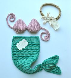 Mermaid Tail Baby Prop Set with Top & Starfish Headband - (baby mermaid tail baby prop newborn mermaid newborn prop mermaid costume) Crochet Mermaid, Baby Mermaid, Mermaid Tails, Baby Set, Baby Kostüm, Baby Newborn, Crochet Costumes, Baby Costumes, Costume Hats