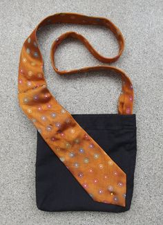 Tutorial: Pants leg purse with a necktie strap