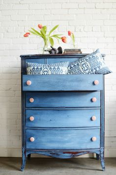 """Blue (milk paint) and Red (vintage wallpaper) for the Win- Meet """"Torelli"""""""