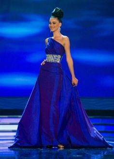89dc66c3ae14 178 Best Pageant images | Pageant gowns, Miss usa, Sherri hill