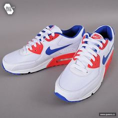 Be Sociable, Share! TweetWith Memorial Day coming up later this month, Nike has just released the perfect Nike Air Max 90 Essential colorway to show your American patriotism. Sporting a white leather and mesh base, this pair has received Hyper … ↓ Read the rest of this entry...