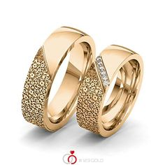 Couple Rings Gold, Engagement Rings Couple, Popular Engagement Rings, Gold Finger Rings, Mens Gold Rings, Gold Rings Jewelry, Gold Ring Designs, Gold Bangles Design, Gold Jewellery Design