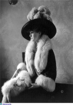 Louise Cromwell, 1911 ~ beautiful hat, though I don't like seeing the dead animals she's wearing (furs). :(