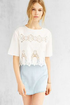 Kimchi Blue Dania Top #UrbanOutfitters