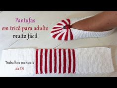 Very easy adult knitting slippers - YouTube Loom Knitting, Knitting Stitches, Knitting Designs, Knitting Projects, Knitting Socks, Baby Knitting, Booties Crochet, Easy Crochet Slippers, Crochet Shoes