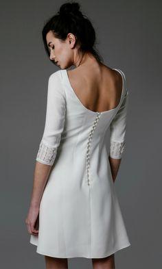 La elegancia del  little white dress  b090570f587e