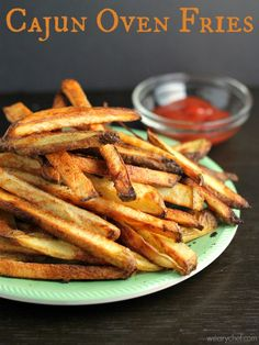 Cajun Oven Fries - Spicy, crispy, delicious fries right out of your oven! Cajun Recipes, Side Dish Recipes, Veggie Recipes, Great Recipes, Cooking Recipes, Favorite Recipes, Side Dishes, Potato Recipes, Cajun Cooking