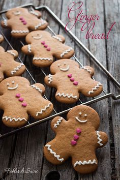 Christmas Biscuits, Christmas Cookies, Biscotti Cookies, Gingerbread Man Cookies, Holiday Cakes, Christmas Time, Christmas Ideas, Food Inspiration, Real Food Recipes