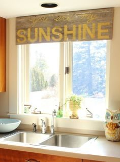 Dress Your Windows With These 10 Curtain Alternatives pallet art valance…I have the perfect place for this, or 1 like it, in my new kitchen! New Kitchen, Kitchen Dining, Kitchen Ideas, Kitchen Cupboard, Kitchen Yellow, Cupboard Ideas, Kitchen Rustic, Dining Rooms, Happy Kitchen