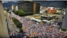 Gran concentración en Caracas #resistenciavenezuela #sosvenezuela #prayforvenezuela