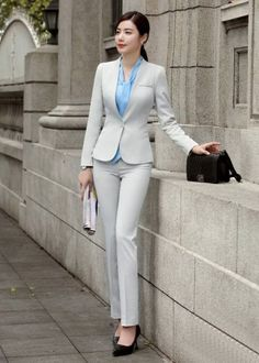 46 Classy Office Attire Outfit Ideas Working in a business environment has got a great deal of advantages, from both a professional and a financial point […] Business Professional Attire, Business Casual Outfits, Classy Outfits, Business Attire, Professional Women, Chic Outfits, Business Fashion, Womens Dress Suits, Suits For Women