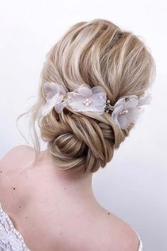 A Messy Twisted Updo With Accessories #weddingupdo #weddinghair #longhairstyles #hairaccessories ❤️ Whether you prefer loose or vintage hairstyles, find the elegant wedding updos for long hair for bride or bridesmaid with us. ❤️ See more:  #lovehairstyles #hair #hairstyles #haircuts