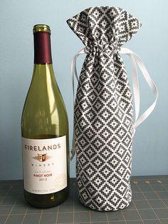 Fabric Drawstring Wine Bottle Gift Bag Tutorial