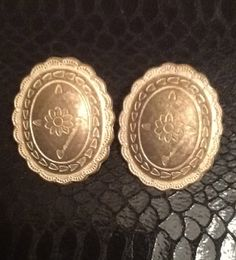 Vintage Shield Earrings  Free Gift Wrapping by VintagePaiges, $20.00