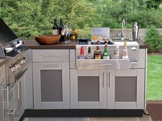 This is a beautiful kitchen featuring Platinum Key West doors and Mica Textured inserts knsales.com