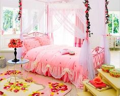 15 Beautiful Girls Bedroom Decorating Ideas and Room Colors Pink Bedrooms, Shabby Chic Bedrooms, Girls Bedroom, Bedroom Decor, Floral Bedroom, Bedroom Bed, Bedroom Ideas, Dream Rooms, Dream Bedroom