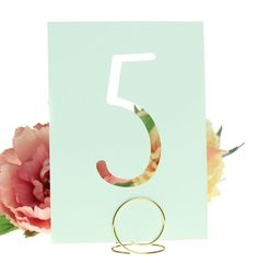 Modern table cards are the perfect accents for your wedding reception! Soft Mint Green or Gold, Blush Pink and Ivory colors are all elegant and
