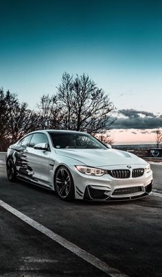 BMW - Best of Wallpapers for Andriod and ios Carros Bmw, Top Luxury Cars, Luxury Suv, Bmw Wallpapers, Bmw Autos, Diesel Cars, Fancy Cars, Car In The World, Bmw Cars