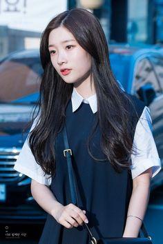 Đáng yêu vcl Kpop Girl Groups, Korean Girl Groups, Kpop Girls, Jung Chaeyeon, Kim Sejeong, Fashion Idol, Japan Girl, Korean Celebrities, Ulzzang Girl