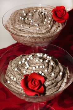 """This cookies and cream Oreo mousse is my copycat version of The Grey Stuff from Disney's """"Beauty and the Beast"""". Check it out and other recipes and crafts for #MovieMonday ."""