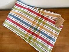 Résultats de recherche d'images pour « tissage linge a vaisselle » Weaving Designs, Weaving Projects, Weaving Patterns, Dish Towels, Tea Towels, Picnic Blanket, Outdoor Blanket, Daily Fiber, Kitchen Towels