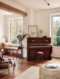sweet home The Nordroom - Riverside House: A Stunning Rental Guesthouse in Normandy Living Room Decor, Living Spaces, Piano Room Decor, Piano Living Rooms, Home Interior, Interior Design, Antique Interior, Interior Plants, French Interior