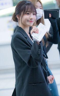 Kpop Girl Groups, Kpop Girls, Yuri, Secret Song, Japanese Girl Group, Famous Girls, Star Girl, Kpop Fashion, Cool Girl