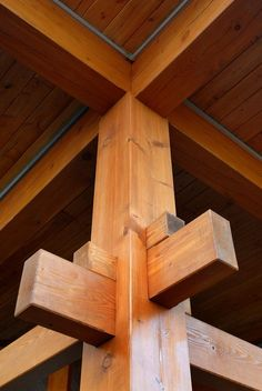 Japanese post and beam hidden dovetail joinery: