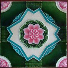 vintage japanese SAJI.. Art Deco / geometric moulded ..tile