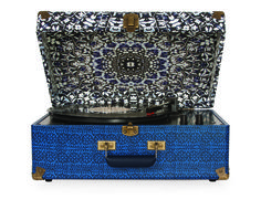 Crosley | Keepsake - Blue Pattern #crosley #turntable #keepsake #urbanoutfitters