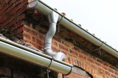 A beautiful picture of our Zambelli Galvanised Steel Guttering.