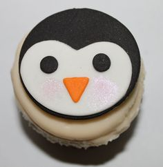 Penguin cupcake or cookie toppers - ClaudiaCupcakeLady.etsy.com
