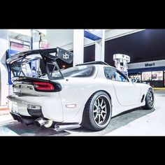 Mazda RX-7 https://www.instagram.com/jdmundergroundofficial/ https://www.facebook.com/JDMUndergroundOfficial/ http://jdmundergroundofficial.tumblr.com/ Follow JDM Underground on Facebook, Instagram, and Tumblr the place for JDM pics, vids, memes & More #JDM #Japan #Japanese #Mazda #RX7 #Rotary