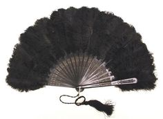 Fan late 19th century wood, ostrich feathers
