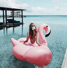 Make a splash at your next pool party, summer vacation or weekend getaway with this super fun Giant Flamingo Float! Grab a friend and start floating all summer long. Foto Instagram, Disney Instagram, Iphone Instagram, Pool Floats, Summer Pictures, Summer Vibes, Summertime, Destinations, Photoshoot