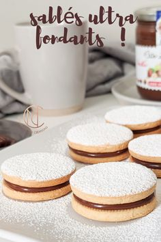 Discover recipes, home ideas, style inspiration and other ideas to try. Biscuit N Gravy Recipe, Dog Biscuit Recipes, Biscuits And Gravy, Cookie Recipes, Dessert Recipes, Dog Biscuits, Dog Recipes, Nutella, Shortbread