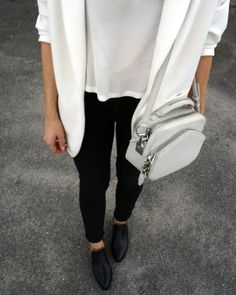 Want this handbag..... MINIMAL + CLASSIC