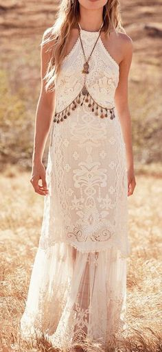 "dresses hippie free people Free People's New Wedding Dress Collection Is Here to Redefine ""Boho Bride"" Look Hippie Chic, Look Boho, Bohemian Style, Boho Gypsy, Boho Hippie, Bohemian White Dress, Free People Wedding Dress, Free People Dress, Boho Chic Wedding Dress"