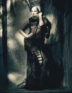 Painted Lady W April 2015 Photographer: Paolo Roversi Stylist: Edward Enninful Makeup & Hair: Julien d'Ys Model: Kate Moss