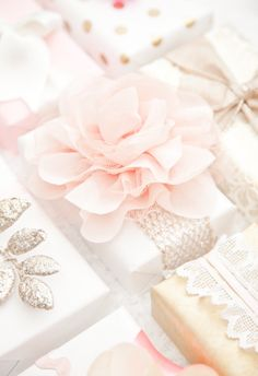 Gift Wrap: Pink and Gold for Valentines