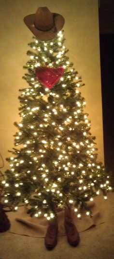 157 best CHRISTMAS TREES images on Pinterest Xmas trees, Christmas