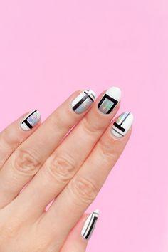 simple nail art, cool holographic nail art