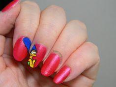 Manicure of Marge Simpson | # usaloya Yes Love 410 | Toxic Vanity