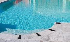 Avercela una piscina così... ->Diamo forma alla luce...  www.gecoluce.it <-