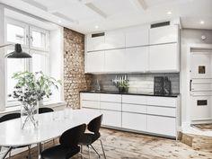 my scandinavian home: Artfully hidden TV in a lovely Swedish space Scandinavian Interior Design, Swedish Design, Scandinavian Home, Wood Floor Kitchen, Kitchen Nook, Kitchen Dining, Small Fireplace, Compact Kitchen, Cuisines Design