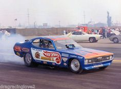Nhra Drag Racing, Auto Racing, Snake And Mongoose, Plymouth Duster, Model Cars Kits, Funny Cars, Drag Cars, Drag Queens, Vintage Humor